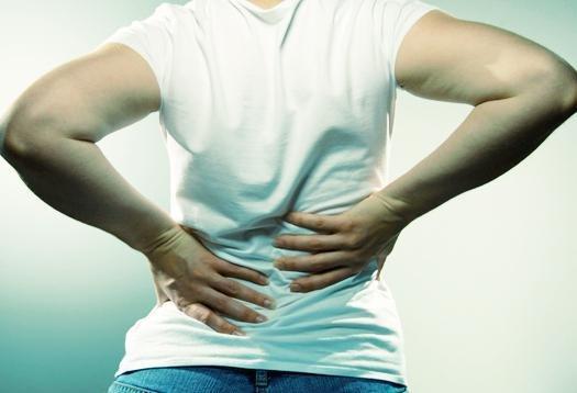 Почему возникают боли в пояснице у мужчин. Боли в пояснице слева у мужчин